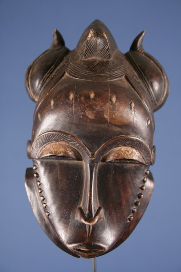 Typical Baoulé mask